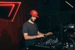 DJ 04
