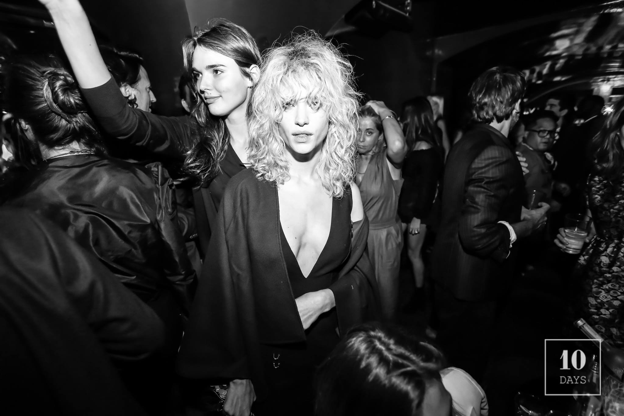 YOUR WOMEN'S PARIS FASHION WEEK SPRING/SUMMER 17/18 AFTERPARTY GUIDE #PFW (PART 1)
